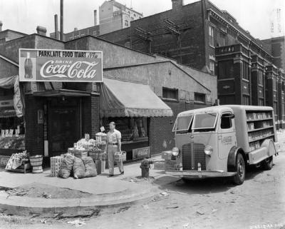Coca-Cola delivery, North Clark Street, 1937, Chicago.