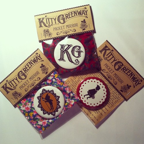 Packaged pocket mirrors for @kittygreenway #illustration #design #art #packaging #typography #handmade #accessory #pocketmirror #mirror