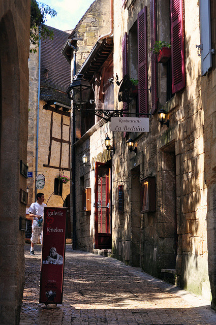 | ♕ |  Ruelle à Sarlat - Périgord, France  | by © Michele*mp