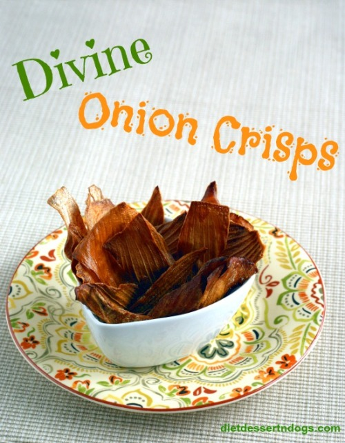 Super easy onion chips that are light, crispy and oh so good for you.