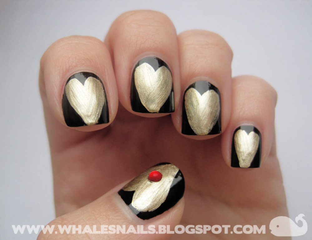 Golden Hearts http://www.whalesnails.blogspot.com/2013/02/nail-art-sunday-valetines-golden-hearts.html