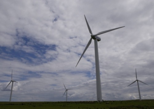 "Scotland's renewable energy at all-time high  Every home in Scotland could have been powered from the 14,600 gigawatts (GW) of electricity which came from renewables including hydro, wave and tidal power, figures show. The SNP government is determined to create a green energy revolution in Scotland, with Alex Salmond saying the country's vast wind levels could see the country become the ""Saudi Arabia of renewables"". Renewable sources produced 14,645 gigawatt hours (GWh) of electricity last year, up almost 7 per cent on 2011 and enough to power every home in Scotland. Read more."