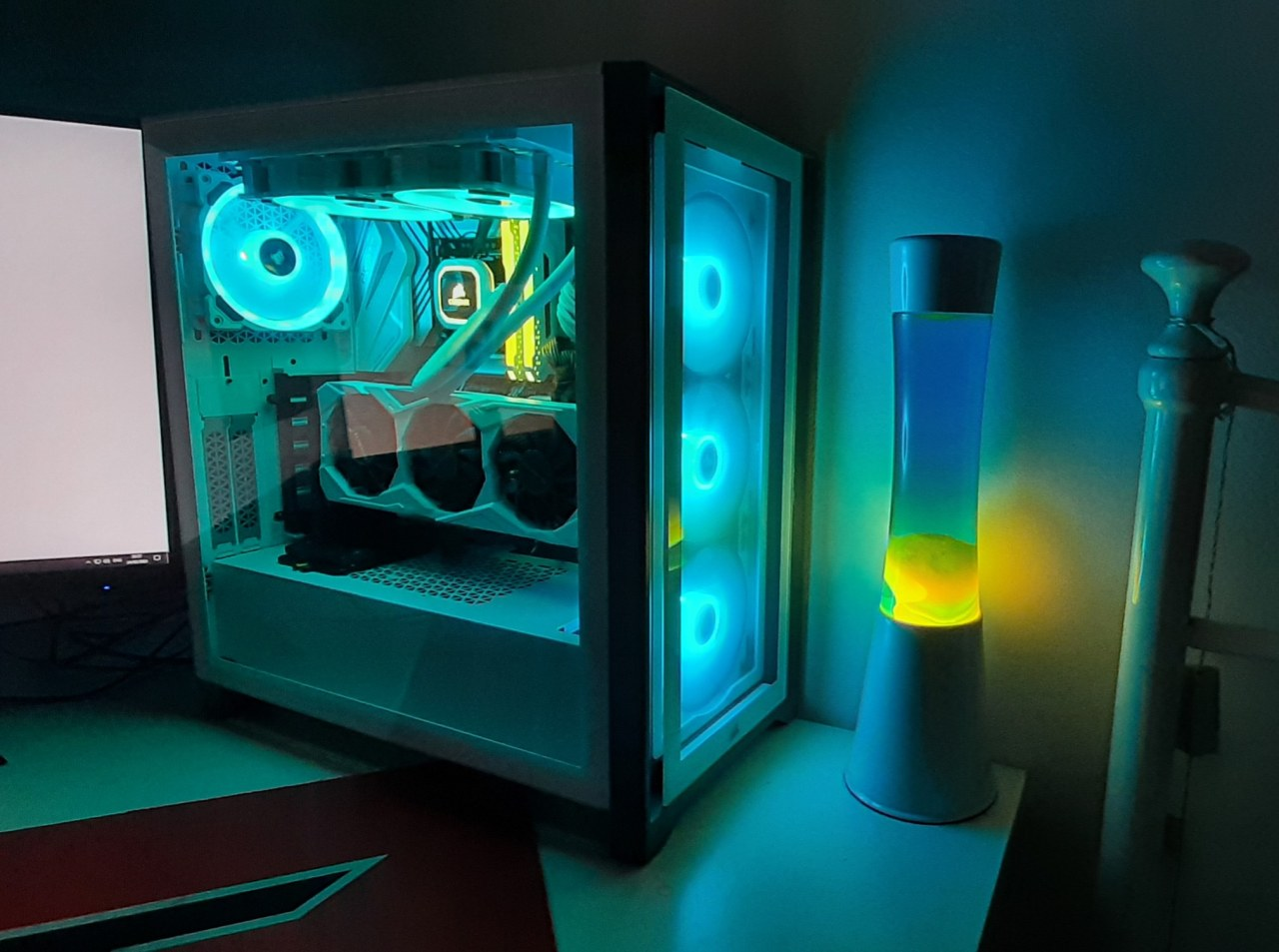Lockdown No.3 project finished and I'm very happy with how it turned out, matches my lava lamp quite well I think! #pcmasterrace#computer#technology#tech#amd#nvidia#intel#gaming#gaming pc#gaming computer#ga