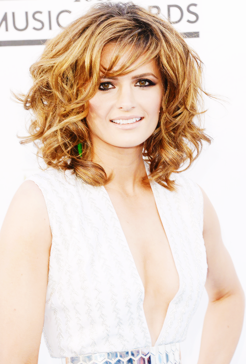 Stana Katic at Billboard Music Awards.
