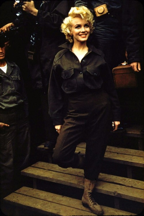 Marilyn Monroe,  in Korea 1954