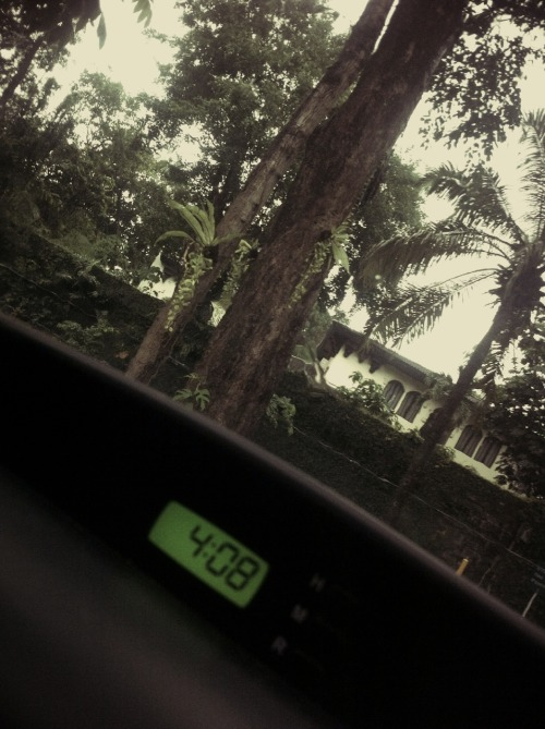 [09.08.14] A rainy afternoon ride.