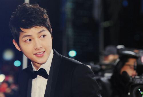 asianobsessionn:  Song Joong Ki ♥