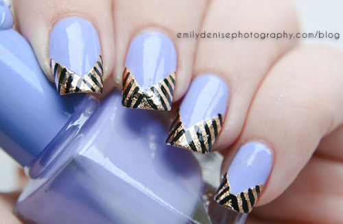 Head over to my blog to read more about this Lavender Gold Foil manicure.