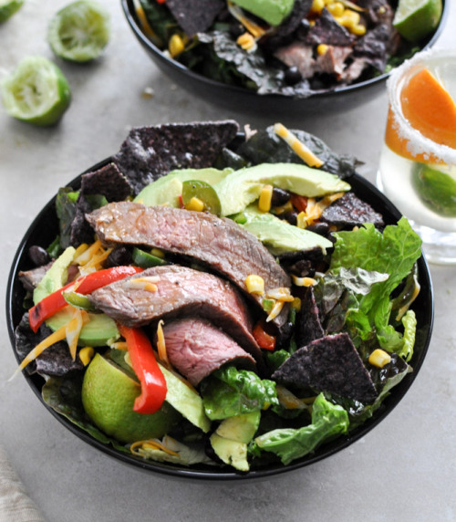 gastrogirl:  tequila lime flank steak fajita salad with chili lime vinaigrette.