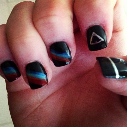 The dark side of the moon! #pinkfloyd #birthdaynails #black #sick