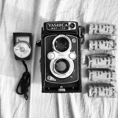 simplysenny:  Present to myself came in today. #yashica #mediumformat #film #photogear #portfoliocrewph355 (at Studio Senny)