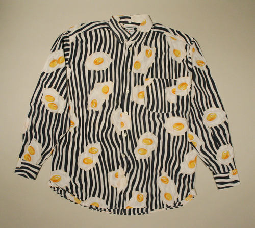 swenokur:  Vintage Moschino fried egg shirt, 1989