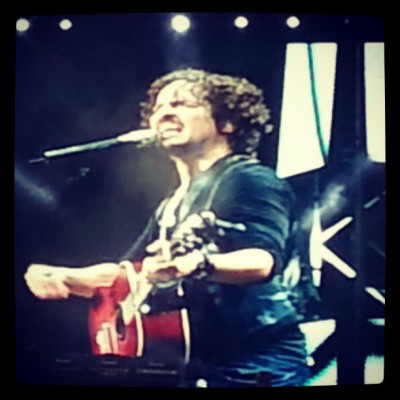 #Concierto @tommy_torres #12Historias #espectacular #música #energía #inolvidable #lleno #guitarra #mágica #TommyTorres #Choliseo #sábado #enamorada #memories #fun #magic #music #InLove #perfect