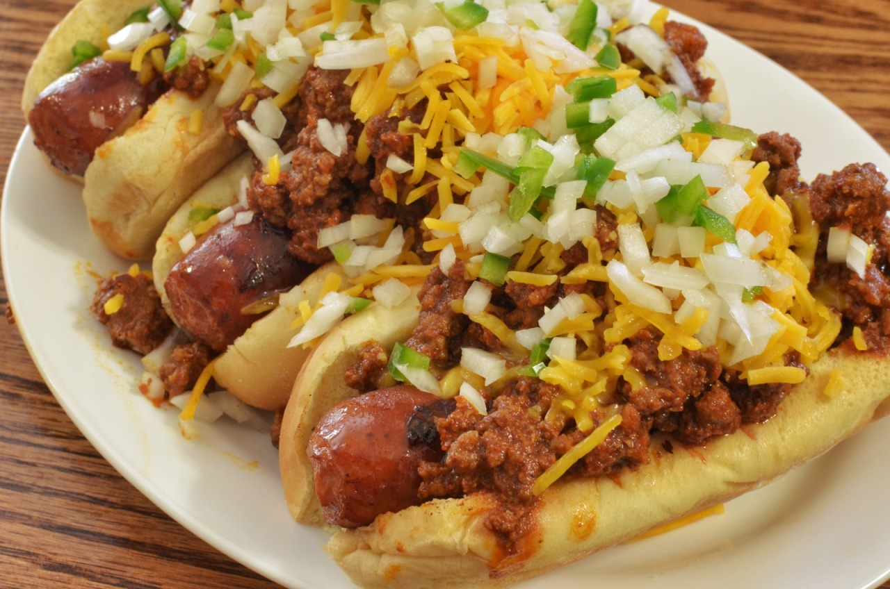 Mmm… classic chili cheese dogs