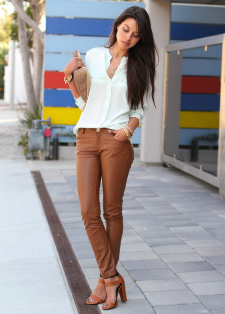 Love that caramel leather.