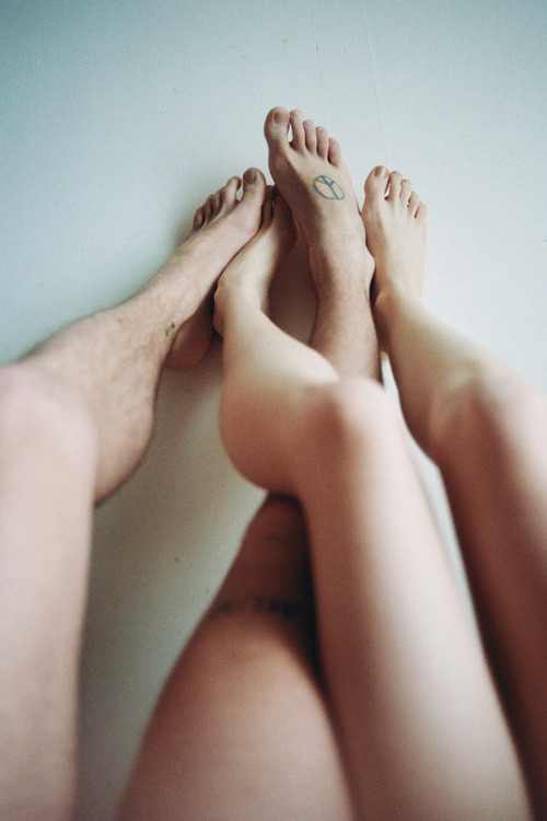 hellanne:  (by THÉO GOSSELIN)