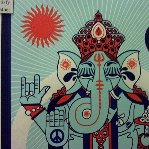 paralleladele:  #Ganesha is like the ninja turtle of Hinduism