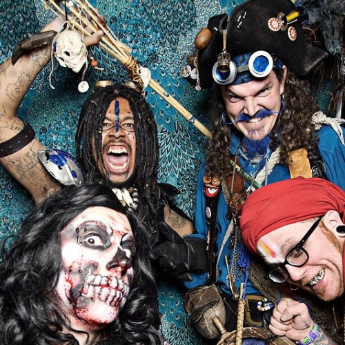 milwaukeesteampunksociety:  Azari, Thee Bluebeard, Red Rum and Sanjula from Gearbox Fantastique III in Chicago.