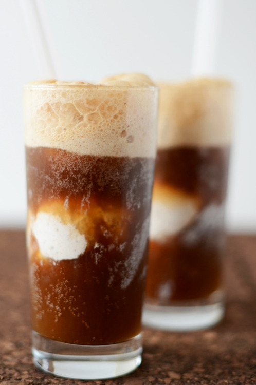 thecakebar:  Vodka Root Beer Floats Recipe