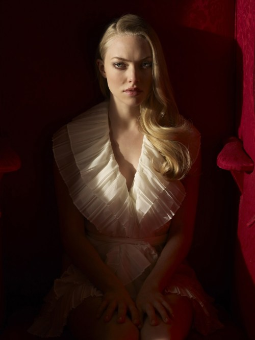 bohemea:  Amanda Seyfried by Lorenzo Aguis  perfect