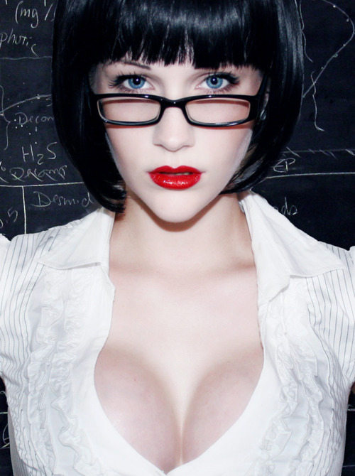 Check out Sexy looking geeks ;) - ad http://bit.ly/WzjInI