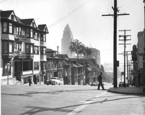 latimes:  Downtown L.A. looks a bit different now: Here's Los Angeles City Hall as seen from Bunker Hill in 1960. Photo: Los Angeles Times