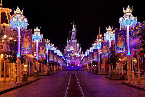 -disneyparks:  Disneyland Paris by Night by Pierpaolo. on Flickr.