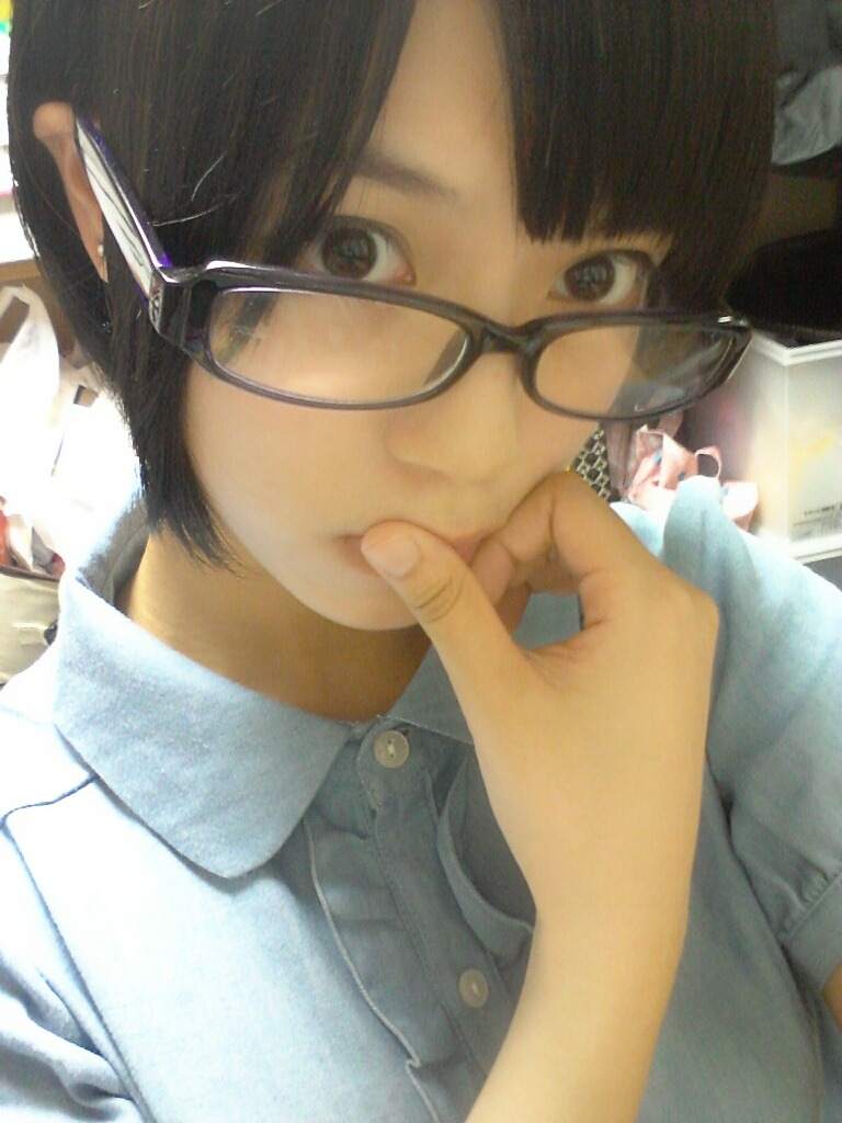 glasses-girl:  小柳有沙