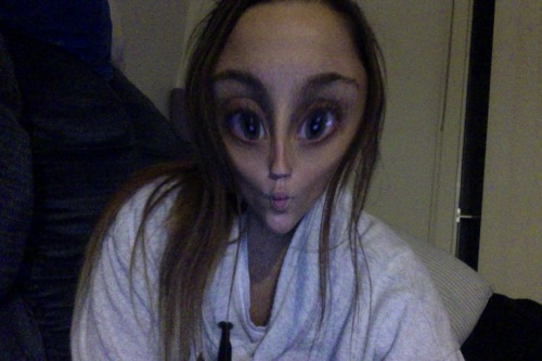 Alien baby! Lolz.  Playing with Photo Booth on my new Macbook :)