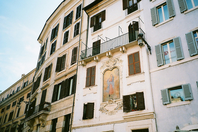 | ♕ |  Casa con murale di Firenze  | by © James Doyle