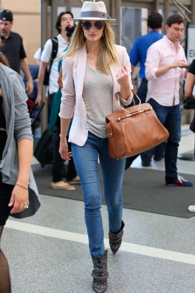 fashionandbones:  Look of the day : Rosie Huntington-Whiteley