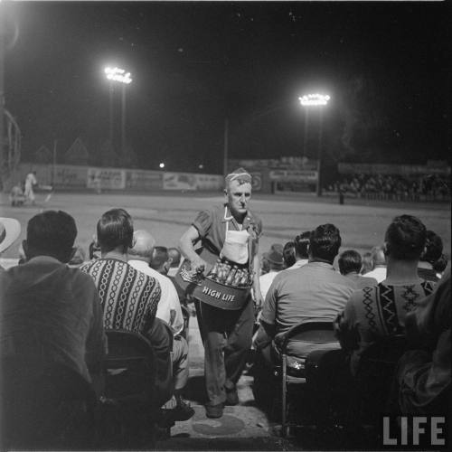 electronicsquid:  Beer vendor at a minor league Brewers game (Frank Scherschel. 1949)