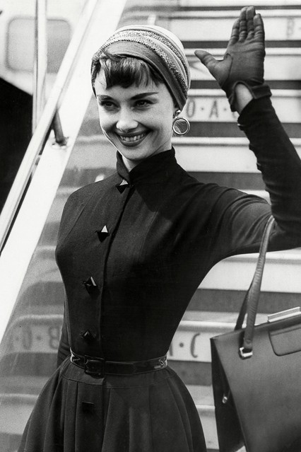 nineteen-fifty-four:  Audrey Hepburn.