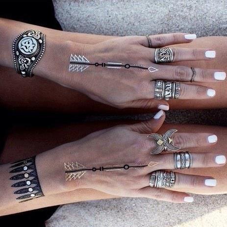 Flash tattoos>>>