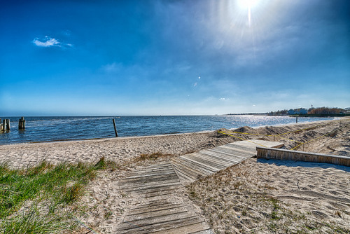 Summer is on the Way on Flickr.Via Flickr: Blue Point - Long Island New York