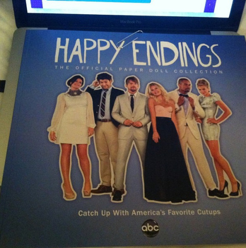 The paper dolls I made for ABC's Happy Endings were featured as a nice little party favor at last night's annual Television Critics Association event.  While the book may not be available elsewhere currently, you can see/print the actual dolls below.  Enjoy! (photo by reelvixen)