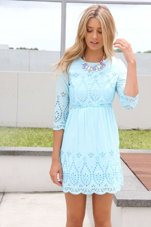 lovinglifeandlilly:  Literally the perfect easter outfit — the necklace even looks like little eggs!