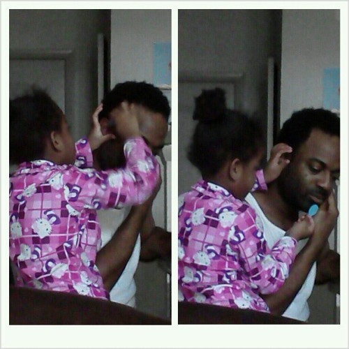 The funniest thing this morning… Ashley bushin her pawpaw hair with a doll brush… She loves here dad