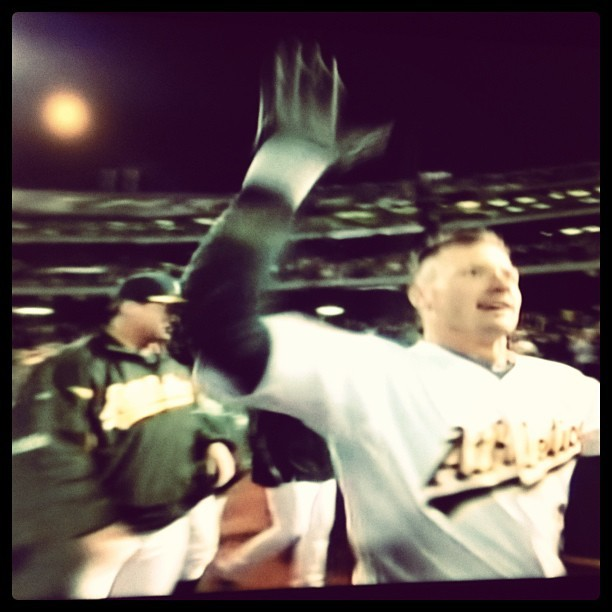 Donaldson walkoff homer in bottom of 12th!!! First walkoff of year. Oakland baby!!!