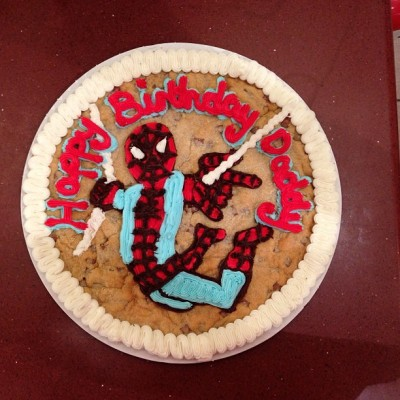 Just did my first Spider-Man cookie :) … Good for a first attempt! #GiantCookie #Spiderman by tania130 http://instagr.am/p/UtOkcVrwau/