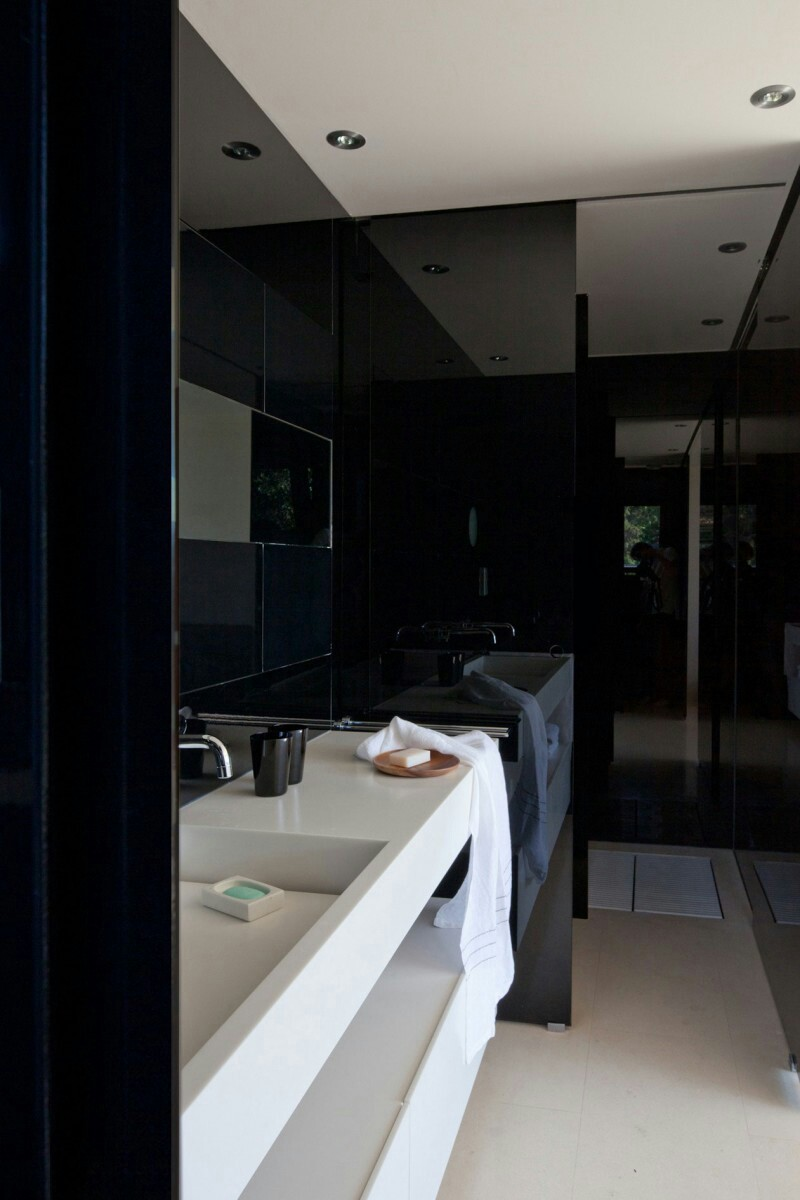 A sleek, modern bathroom