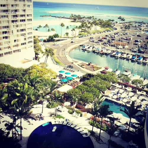 View from our lanai #honolulu #hawaii #waikiki #travel #hotel #water #boats #warf  (at Modern Honolulu Hotel)