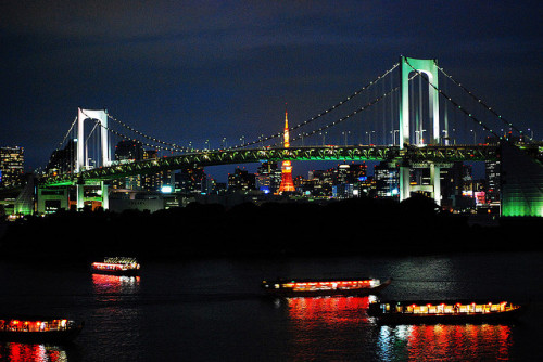 Tokyo Rainbow Bridge by an.yonghua on Flickr.