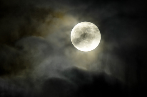 Full Cold Moon by Truebritgal on Flickr.