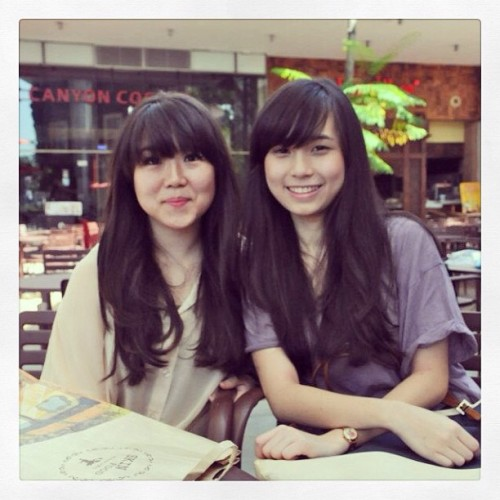 Long hair and 'poni berkhianat' #LOL #friends #girls @cindyfransiscahalim