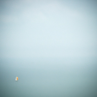 cross-connect:  minimal-sailing (by Liam Frankland)