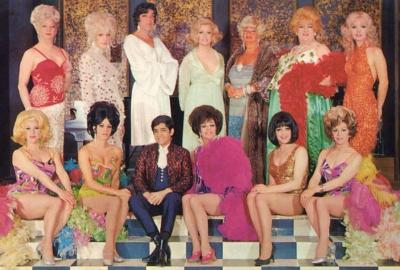 on-a-peregrine:  stumptownsoulstir:  1960s drag queens. Oh hell yes.  Best thing ever?  Mod realness.