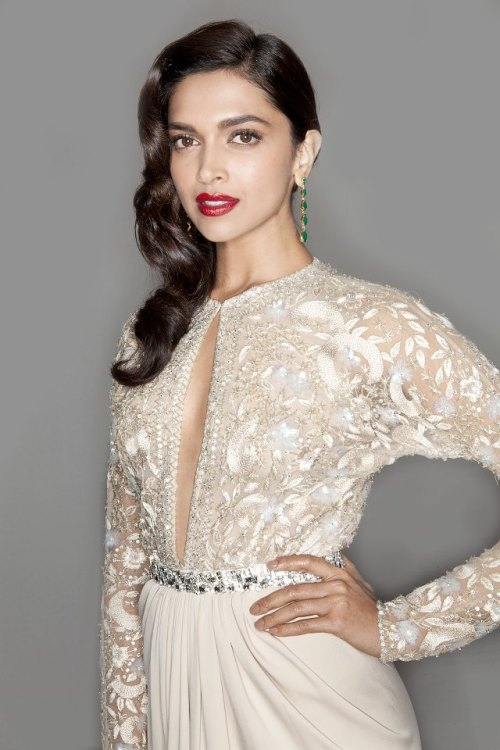 Deepika Padukone photoshoot at Grazia Awards