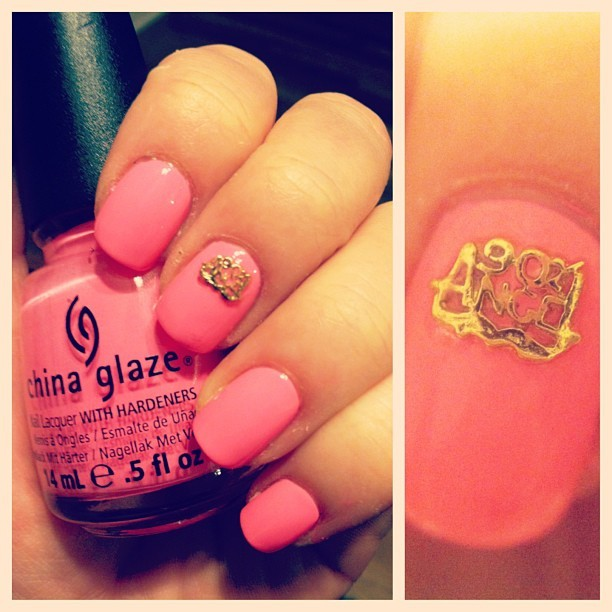 obsessed with my new @hexnailjewelry 💘💘💘 (ps- it's @chinaglazeofficial shocking pink.) #nailsofig #nailsoftheday #barbienails