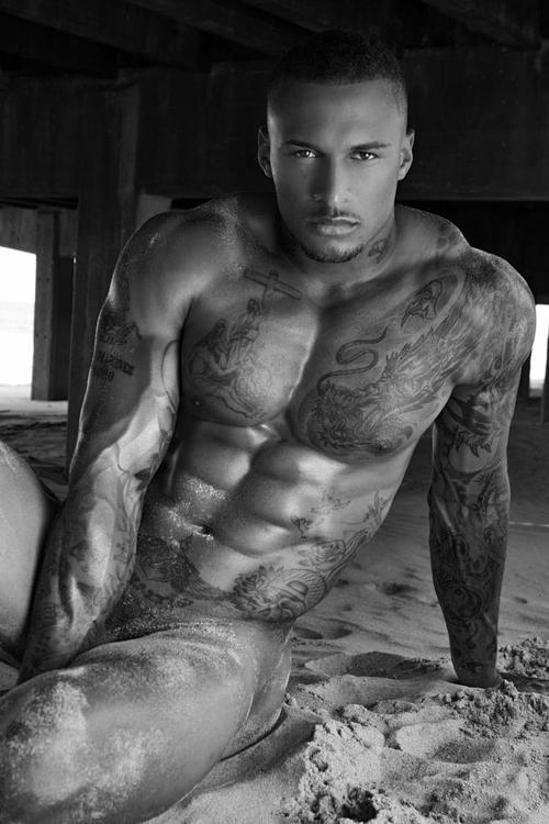 mancrushoftheday:  beyourloverboy:  David McIntosh   The Man Crush Blog / Facebook / Twitter